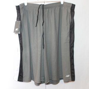 New Balance Men's 2XL Gray and Black Gym Shorts